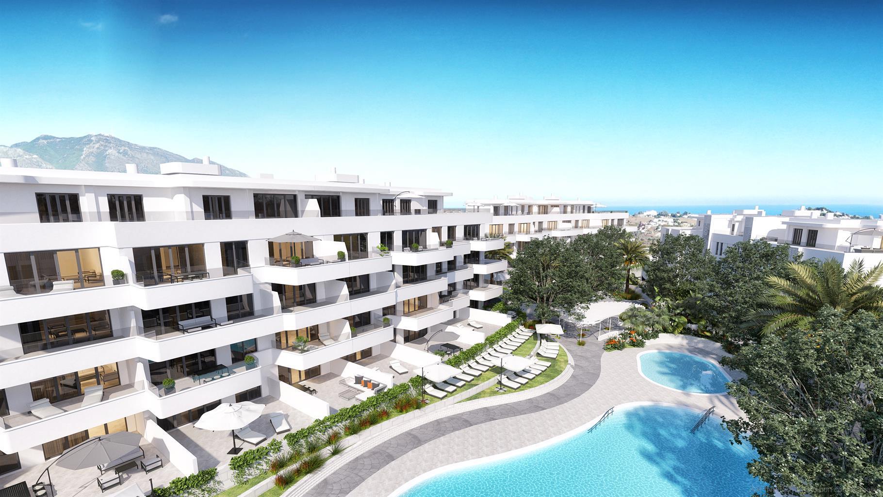 Twee en drie slaapkamer appartementen met een terras van 15m2 tot 207m2, groot gemeenschappelijk zwembad, goed onderhouden tuinen. Slechts enkele minuten van het centrum van Mijas met zijn restaurants, winkelcentrum en sportactiviteiten.