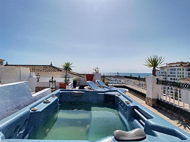 Penthouse à Puerto de la Duquesa/Malaga , Costa del Sol